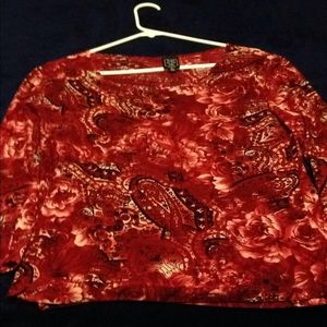 Ladies 3/4 top. (In excellent condition)